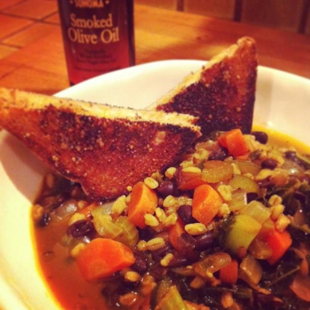 Black Bean, Kale & Farro Soup