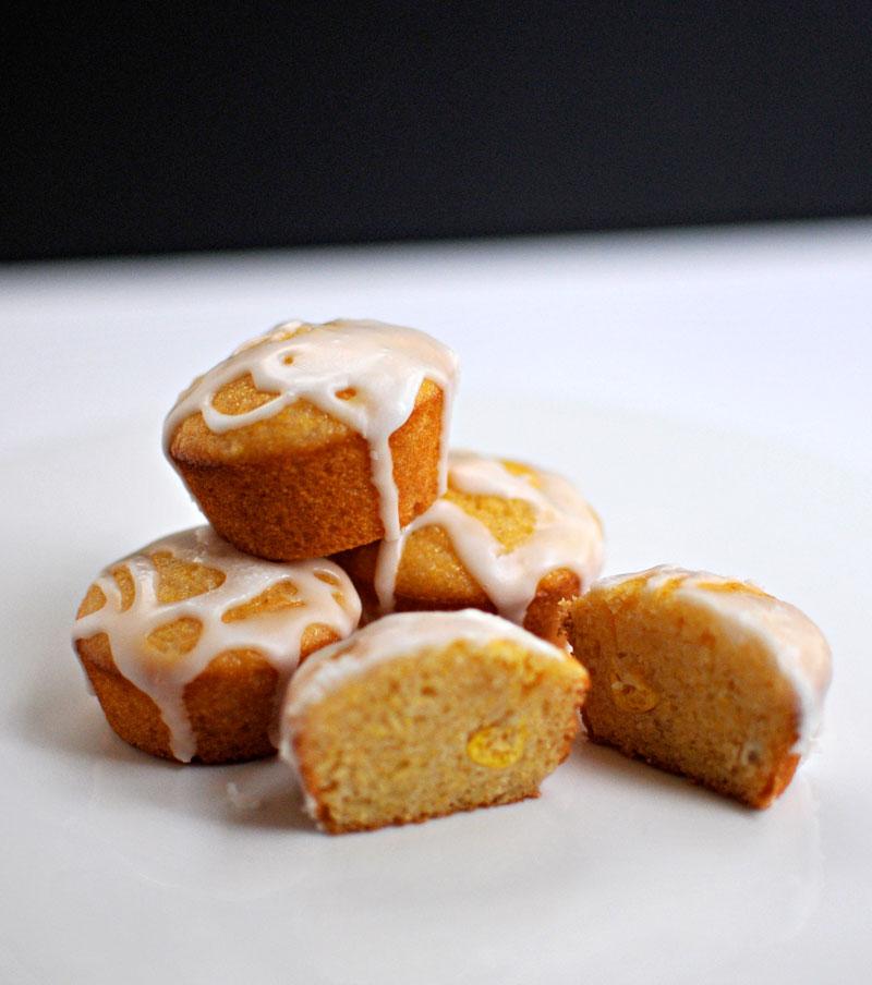 Cinco Recipes! Mini Pineapple Corn Cakes with Lemon Glaze | the pig & quill