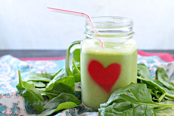Pineapple Spinach Green Smoothie | the pig & quill