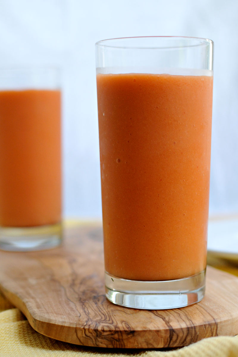 Berry Tropical Sunrise Smoothie (w/ carrots!) | the pig & quill