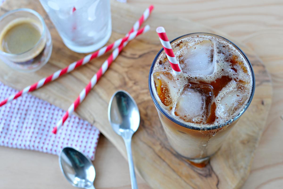 Iced Pumpkin Spiced Latte (vegan & gluten-free) | the pig & quill