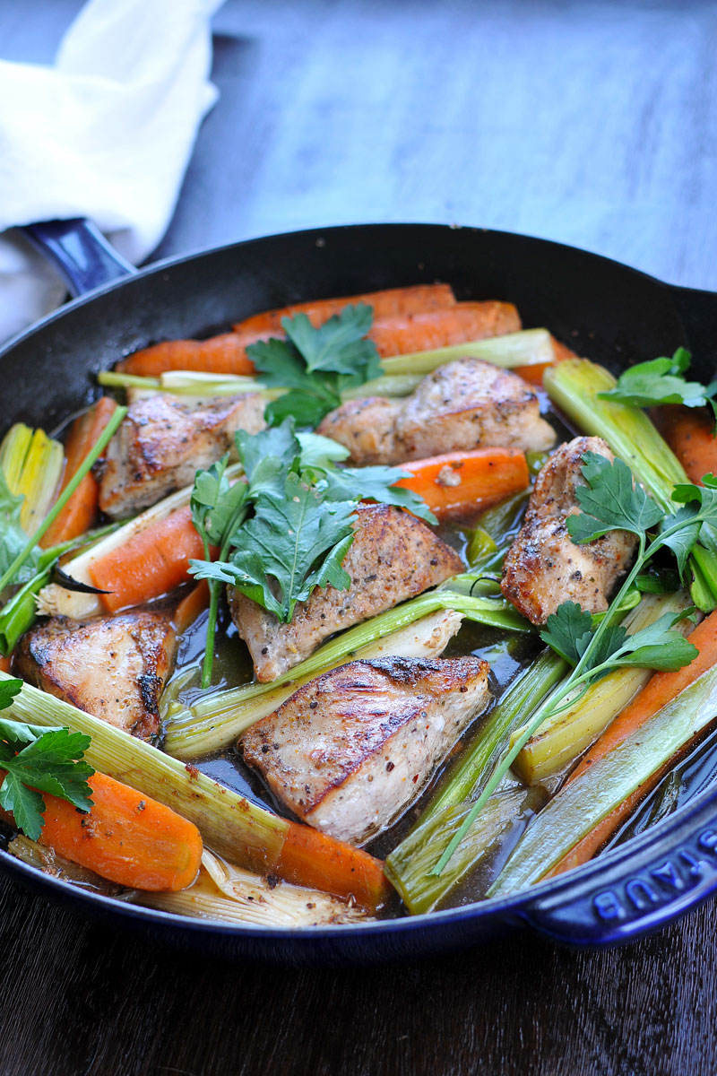 25-Minute Skillet Chicken w/ Carrots & Leeks {gluten-free} | the pig & quill