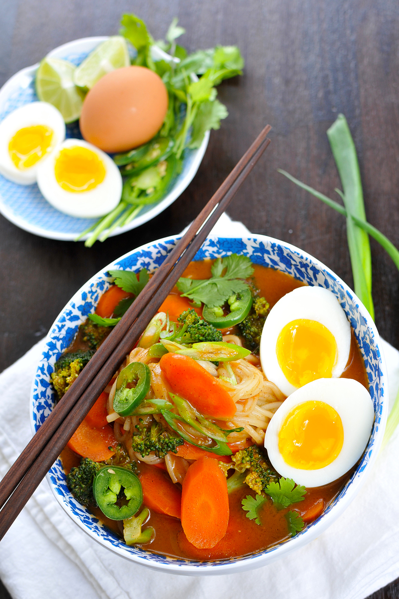 Garlicky Curried Noodle Soup recipe (gluten-free w/ vegan option) // via thepigandquill.com #spicy #curry #vegetarian