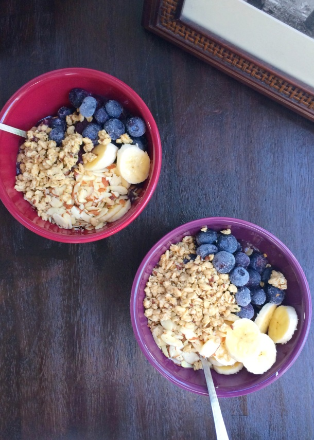"""Brunch Acai Bowls (""""Hooky, Housekeeping...and a haiku"""") // the pig & quill"""