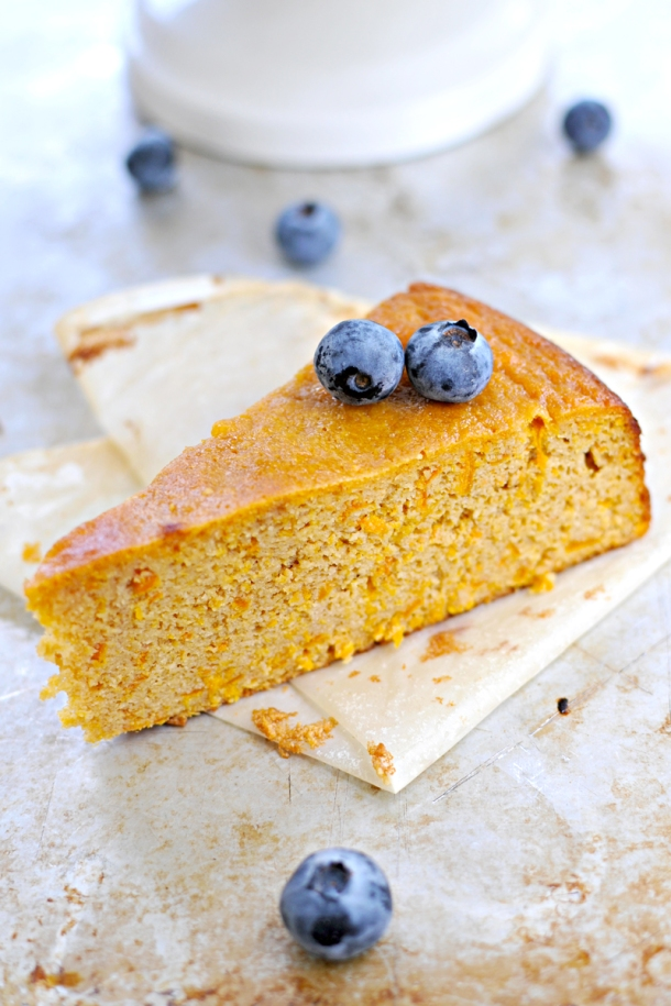 Clementine Cake - gluten-free, grain-free, paleo // the pig & quill