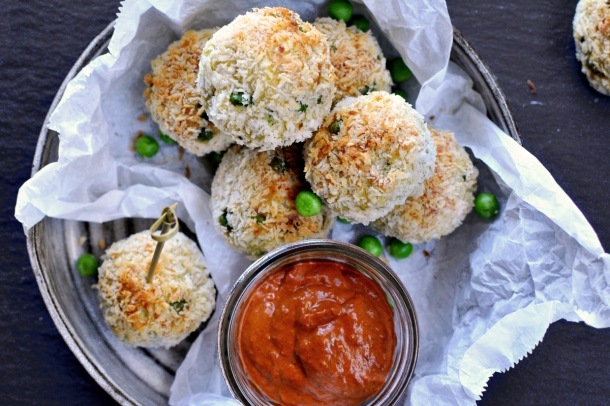 Samosa Croquettes with Harissa Yogurt Sauce | www.thepigandquill.com